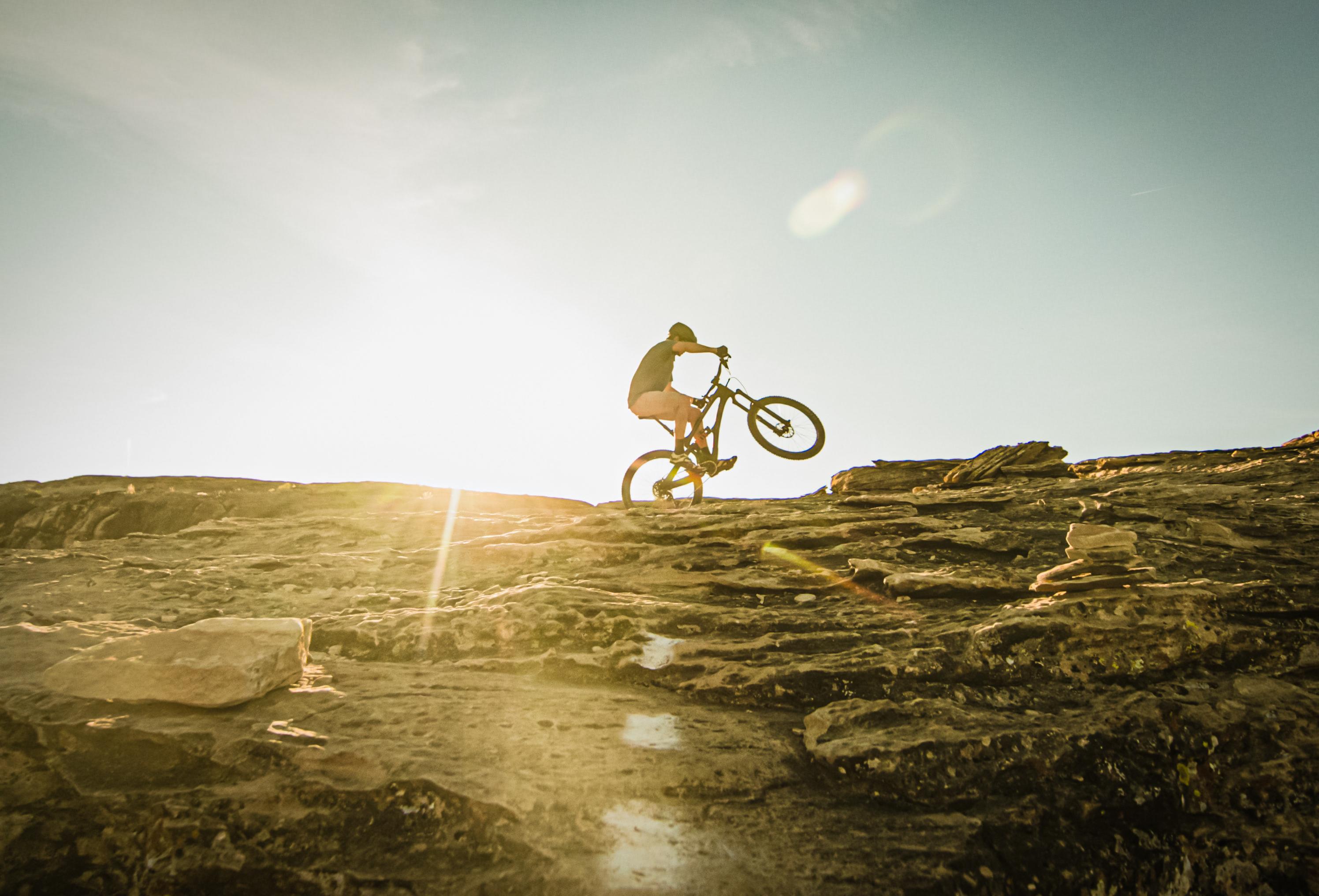Marek Bobakowski: jest pięknie, mamy złotą rowerową jesień!