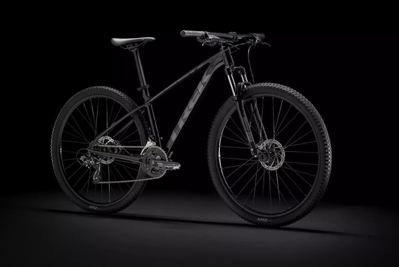 Rowery górskie – czy warto kupować rower z konkretnym przeznaczeniem?