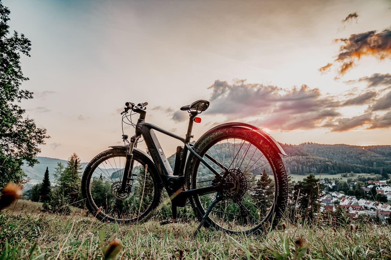 Fat Bike Elektryczny - Na jakie trasy najlepszy?
