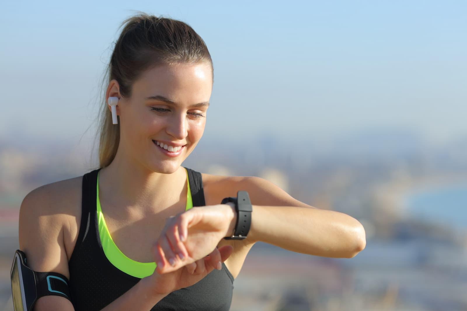 Jak wybrać damski zegarek sportowy?