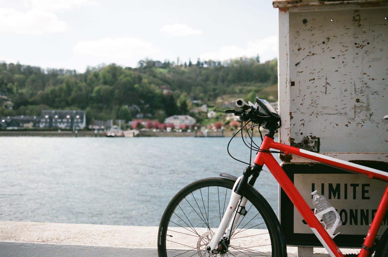Zadbaj o swój rower i wybierz  profesjonalne części rowerowe