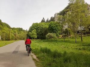 Turystyka rowerowa: Dolina Prądnika - Zamki, maczuga i wapienne skałki