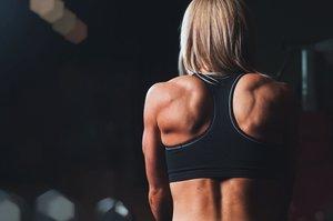 Jak szybko zregenerować się po treningu? Zadbaj o regenerację mięśni...