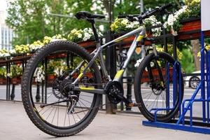 Jeździsz rowerem po mieście? Oto 5 najważniejszych zasad, których...